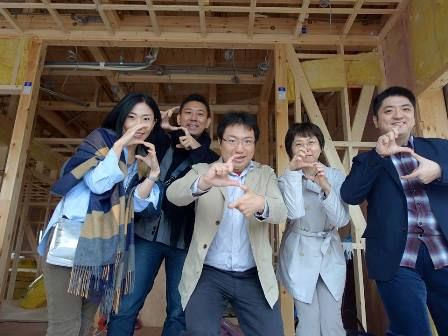 高知県で御開業の日野先生ご夫妻と、愛知県で御開業の米崎先生ご夫妻